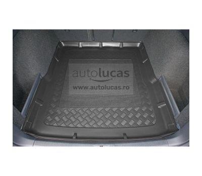 Tavita portbagaj Volkswagen Passat B7 (3C), fab. 2010.10 - 2014, combi/break, cu panza antialunecare